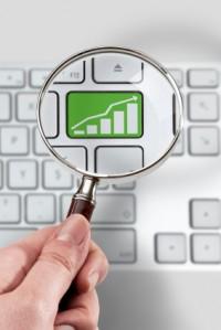Lupa powiększająca inwestycje w technologie - SprzedawcaInternetowy.pl